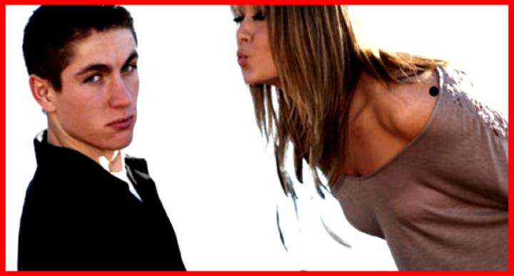 Dinámicas Sociales (Estrategia Femenina) - Los hombres después del sexo